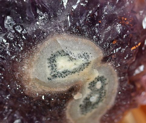 Beautiful Amethyst Quarz 11.jpg