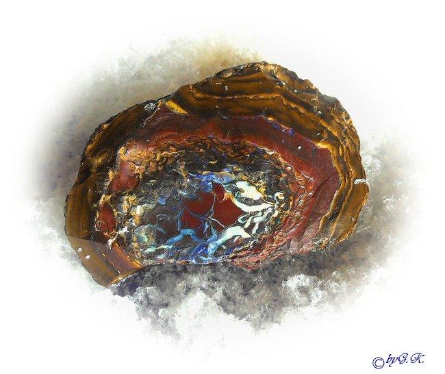 opal edelopal yowa nuss heilsteine edelsteine opale heilsteine wirkung und bedeutung. Black Bedroom Furniture Sets. Home Design Ideas