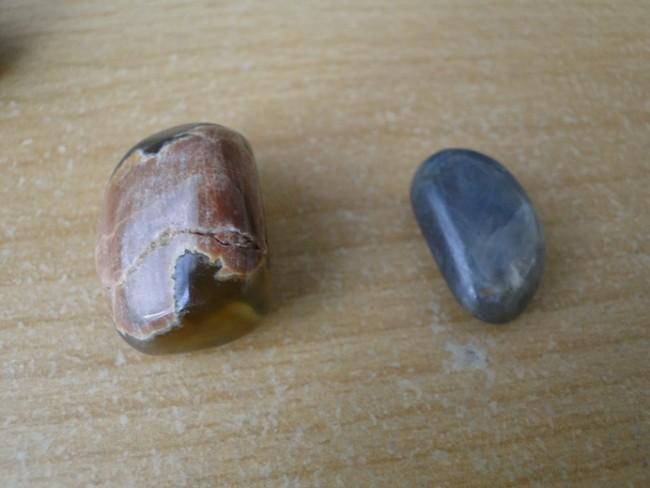 saphir und australischer amulettstein sind die echt edelsteine und schmuck f lschungen. Black Bedroom Furniture Sets. Home Design Ideas