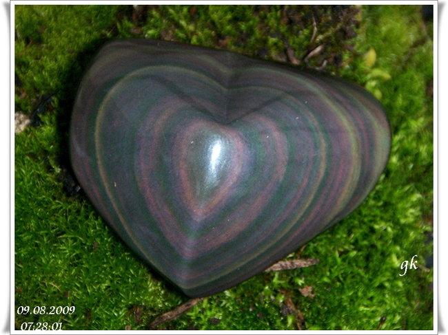 Regenbogen Obsidian Herz 01 HPIM3740.jpg
