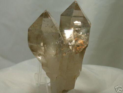 bergkristall doppelender heilsteine edelsteine bergkristall heilsteine informationen und. Black Bedroom Furniture Sets. Home Design Ideas