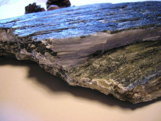 brauche rat wegen mineralienfunde edelsteine steine. Black Bedroom Furniture Sets. Home Design Ideas
